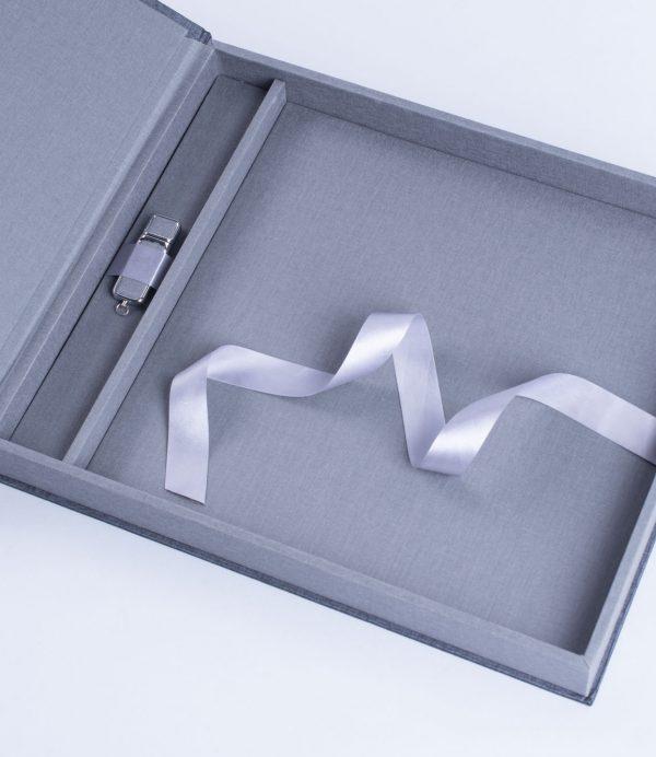 Box für Fotoalbum USB